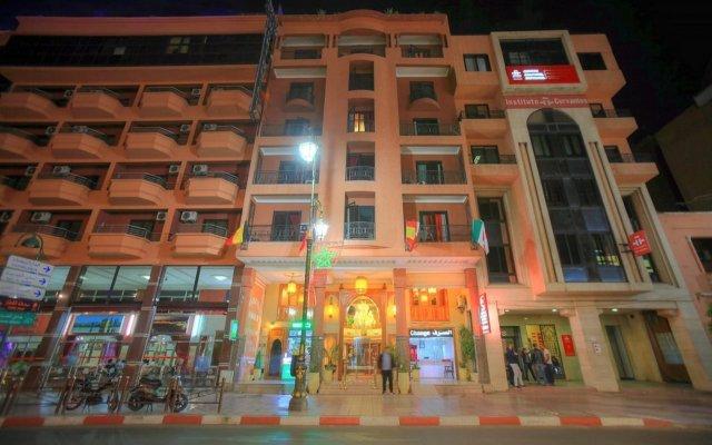 Hotel Mont Gueliz вид на фасад