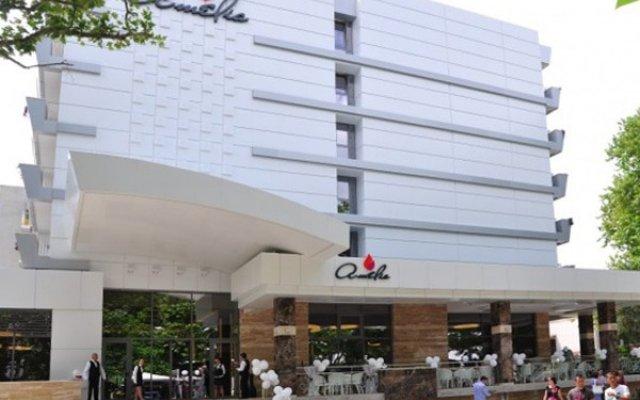 Amelia Superior Hotel вид на фасад