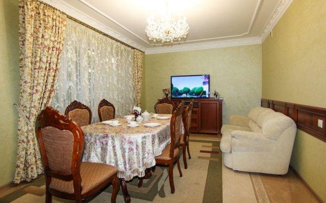 Гостиница M-Yug в Анапе 2 отзыва об отеле, цены и фото номеров - забронировать гостиницу M-Yug онлайн Анапа комната для гостей