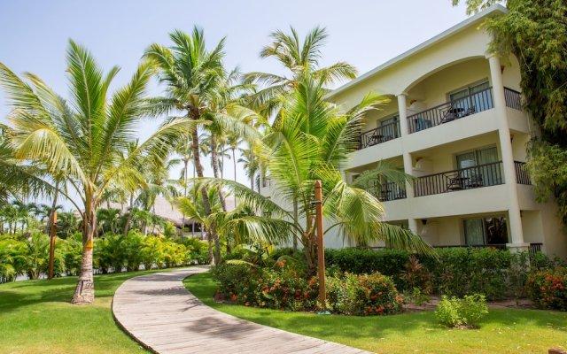Отель Impressive Resort & Spa Punta Cana – All Inclusive вид на фасад