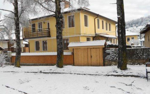 Отель Guest House Tsenovi вид на фасад