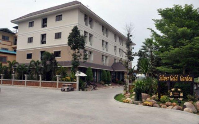 Отель Silver Gold Garden Suvarnabhumi Airport Таиланд, Бангкок - 5 отзывов об отеле, цены и фото номеров - забронировать отель Silver Gold Garden Suvarnabhumi Airport онлайн вид на фасад