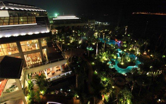 Отель Mingshen Golf & Bay Resort Sanya вид на фасад