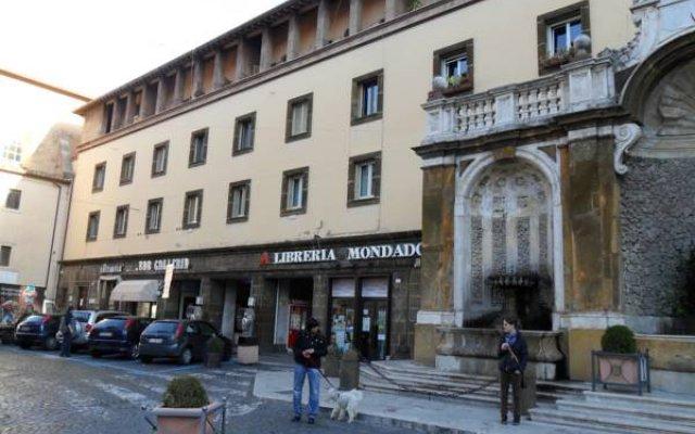 Отель B&B Galleria Frascati вид на фасад