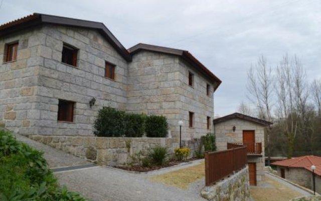 Отель Rilhadas Casas De Campo Португалия, Фафе - отзывы, цены и фото номеров - забронировать отель Rilhadas Casas De Campo онлайн вид на фасад