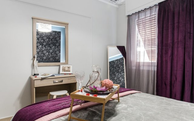Отель Central Safe Smart Apartment Греция, Афины - отзывы, цены и фото номеров - забронировать отель Central Safe Smart Apartment онлайн комната для гостей
