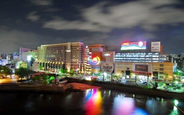 Отель Candeo Hakata Terrace Фукуока вид на фасад