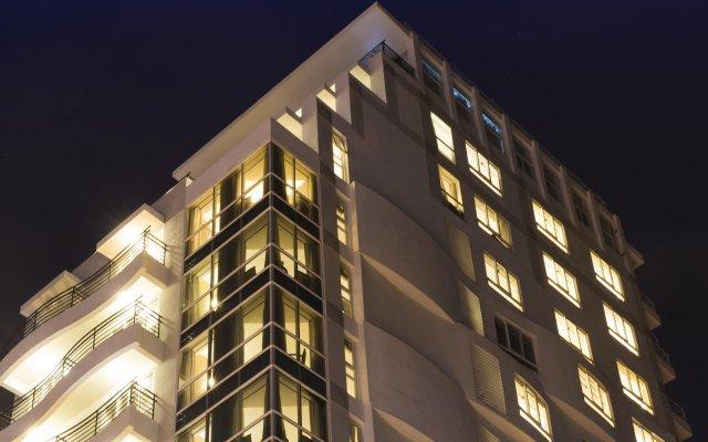 Starlet Hotel Nha Trang вид на фасад