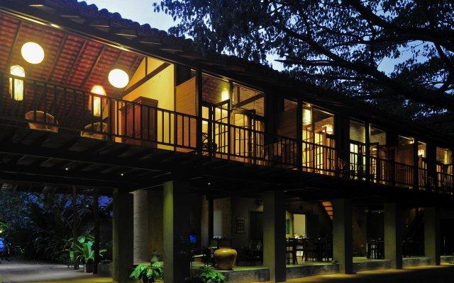 Отель Dunes Unawatuna Hotel Шри-Ланка, Унаватуна - отзывы, цены и фото номеров - забронировать отель Dunes Unawatuna Hotel онлайн вид на фасад
