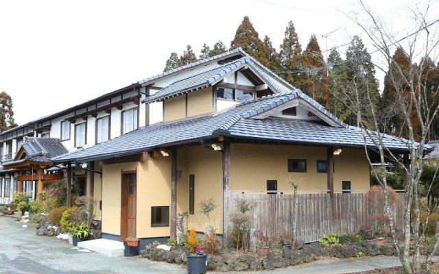 Отель Minshuku Asogen Япония, Минамиогуни - отзывы, цены и фото номеров - забронировать отель Minshuku Asogen онлайн вид на фасад