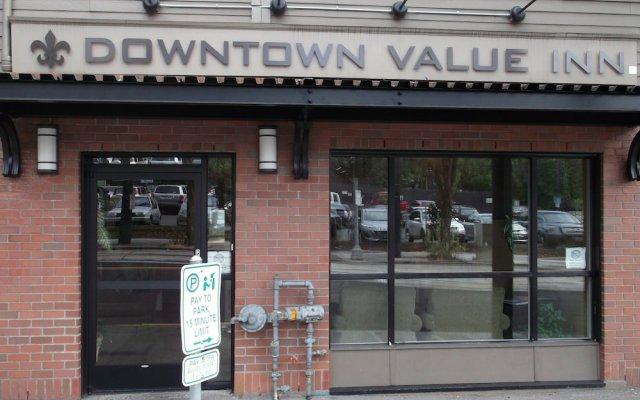 Отель Downtown Value Inn вид на фасад