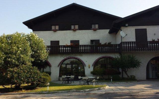 Отель Ristorante Genziana Италия, Альтавила-Вичентина - отзывы, цены и фото номеров - забронировать отель Ristorante Genziana онлайн вид на фасад