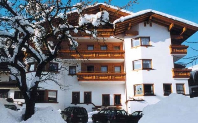 Отель Ferienhotel Fuchs вид на фасад