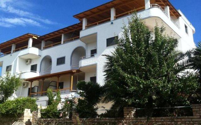 Отель Vila Park Bujari Албания, Ксамил - отзывы, цены и фото номеров - забронировать отель Vila Park Bujari онлайн вид на фасад