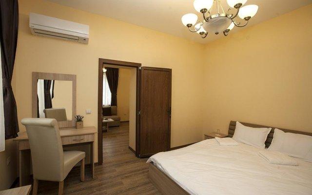 Отель Hostel Etropole Болгария, Правец - отзывы, цены и фото номеров - забронировать отель Hostel Etropole онлайн