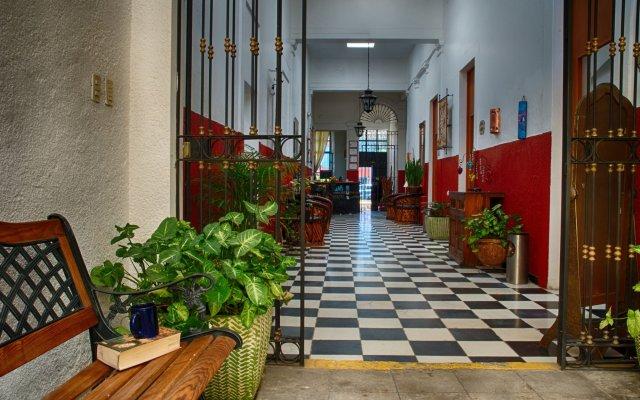 Отель Hostal de Maria Мексика, Гвадалахара - отзывы, цены и фото номеров - забронировать отель Hostal de Maria онлайн вид на фасад
