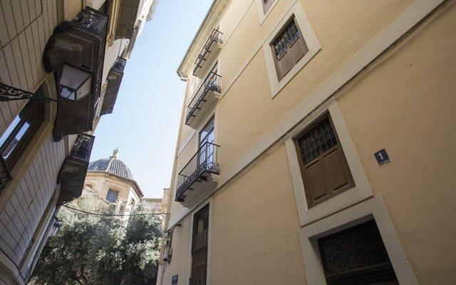 Отель SingularStays El Micalet Испания, Валенсия - отзывы, цены и фото номеров - забронировать отель SingularStays El Micalet онлайн вид на фасад