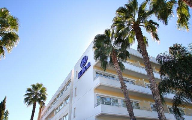 Отель Hilton Park Nicosia вид на фасад