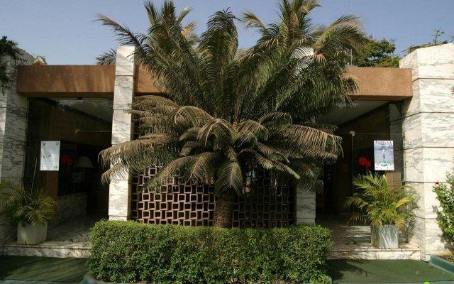 Hotel Jardin Savana Dakar вид на фасад
