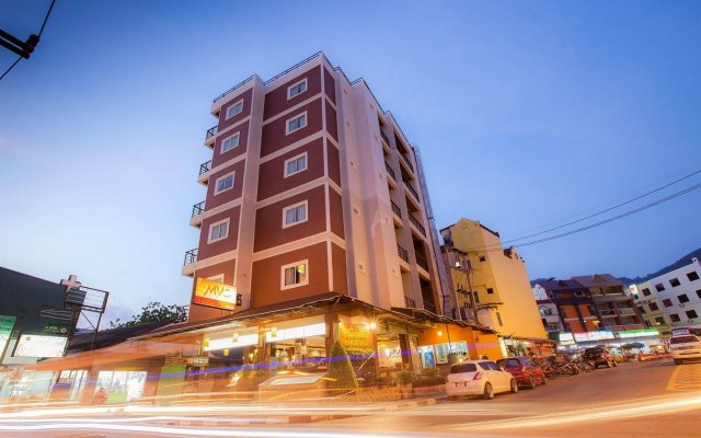 Отель MVC Patong House вид на фасад