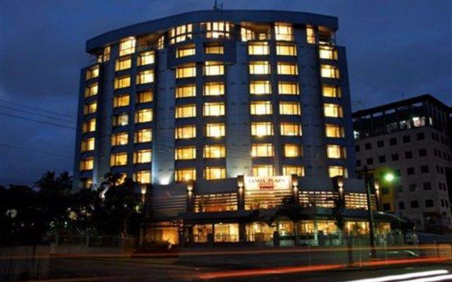 Отель Tanoa Plaza Suva Фиджи, Вити-Леву - отзывы, цены и фото номеров - забронировать отель Tanoa Plaza Suva онлайн вид на фасад