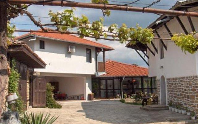 Отель Guest House Debar Велико Тырново вид на фасад