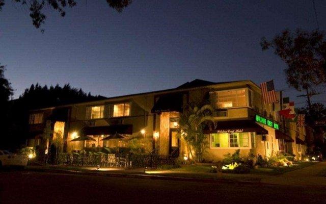 Отель Wilshire Crest Hotel США, Лос-Анджелес - отзывы, цены и фото номеров - забронировать отель Wilshire Crest Hotel онлайн вид на фасад