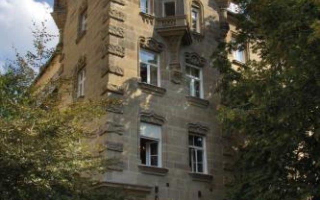 Hotel Mariandl Мюнхен вид на фасад