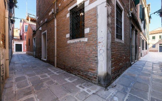Отель Perla Италия, Венеция - отзывы, цены и фото номеров - забронировать отель Perla онлайн вид на фасад