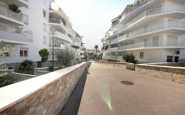 Apartment With 2 Bedrooms in Cannes, With Wonderful City View, Furnish 0