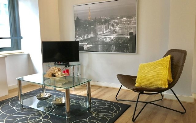 Liverpool St. Apartment - City Stay London