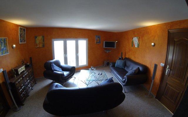 Отель Villa Maryvilla 8 Plaza Mayor комната для гостей
