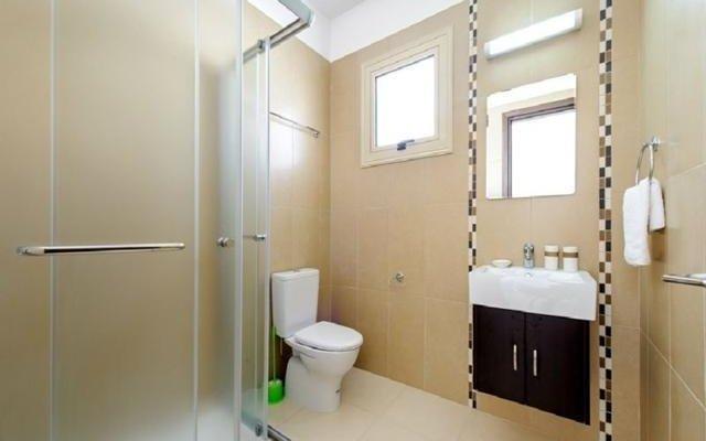 Отель Palm Villas & Apartments Кипр, Протарас - отзывы, цены и фото номеров - забронировать отель Palm Villas & Apartments онлайн ванная