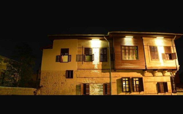 Burhanoglu Konagi Butik Otel Турция, Мерсин - отзывы, цены и фото номеров - забронировать отель Burhanoglu Konagi Butik Otel онлайн вид на фасад