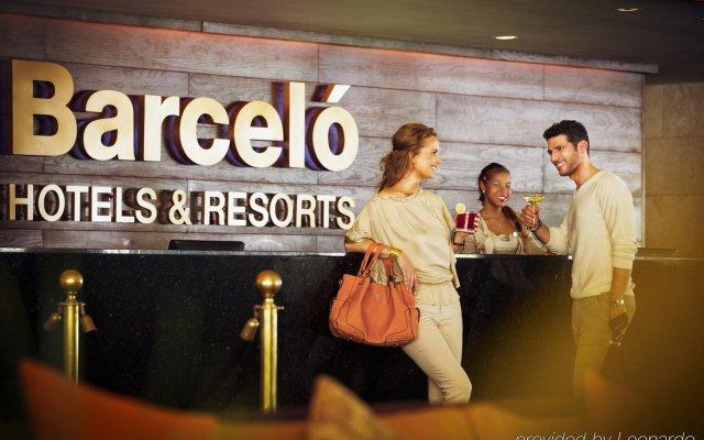 Отель Barcelo Bavaro Beach - Только для взрослых - Все включено вид на фасад