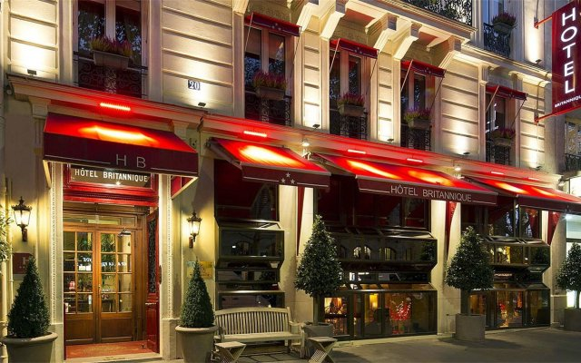 Отель BRITANNIQUE Париж вид на фасад