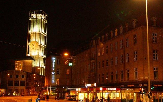 Отель Ritz Aarhus City Дания, Орхус - отзывы, цены и фото номеров - забронировать отель Ritz Aarhus City онлайн вид на фасад