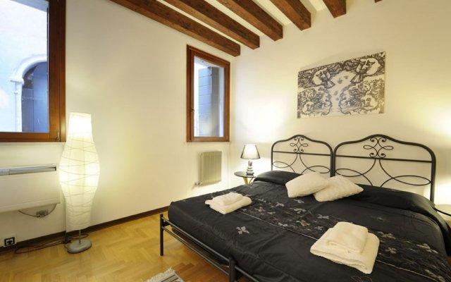 Отель San Moisé комната для гостей