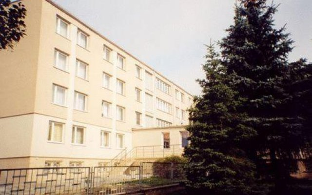 Hotel Naramowice вид на фасад
