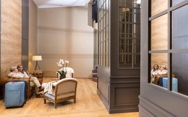 Отель Guitart Grand Passage Испания, Барселона - отзывы, цены и фото номеров - забронировать отель Guitart Grand Passage онлайн интерьер отеля