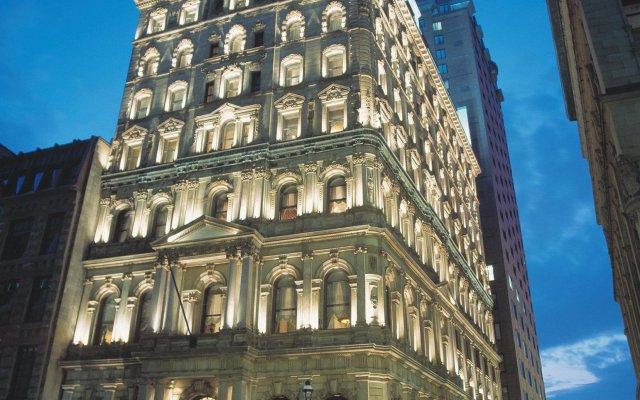 Hotel Le St-James Montréal вид на фасад