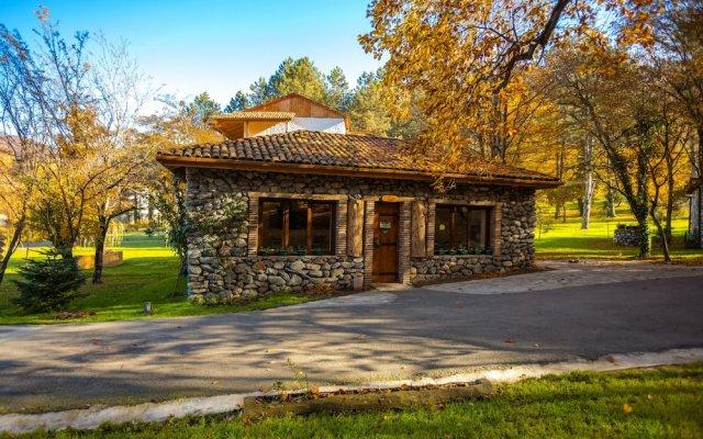Отель Lopota Lake Resort & Spa вид на фасад