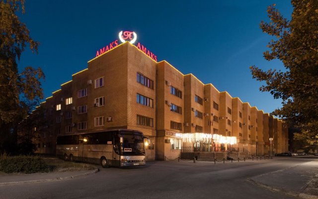 Гостиница Амакс Юбилейная вид на фасад