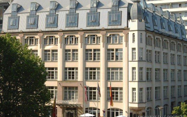 Отель Classik Hotel Alexander Plaza Германия, Берлин - 7 отзывов об отеле, цены и фото номеров - забронировать отель Classik Hotel Alexander Plaza онлайн вид на фасад