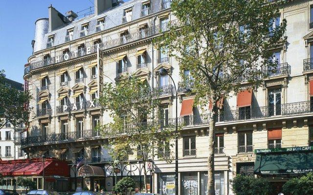 Отель The Originals Hotels Paris Paix République Париж вид на фасад