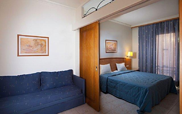 Отель Pefkos Beach комната для гостей