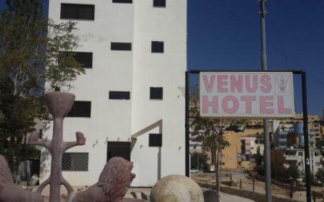 Отель Petra Venus Hotel Иордания, Вади-Муса - отзывы, цены и фото номеров - забронировать отель Petra Venus Hotel онлайн вид на фасад