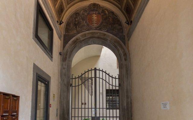 Отель Piazza Signoria Suite Флоренция вид на фасад