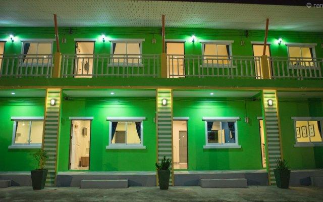 Отель Vii House by V.Hemtanon Muay Thai вид на фасад