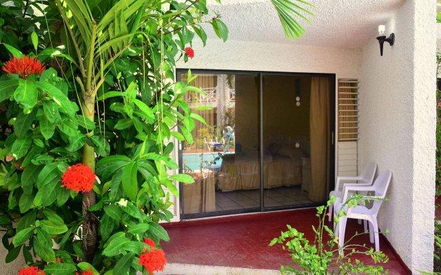 Отель Chrisanns Beach Resort Ямайка, Очо-Риос - отзывы, цены и фото номеров - забронировать отель Chrisanns Beach Resort онлайн вид на фасад